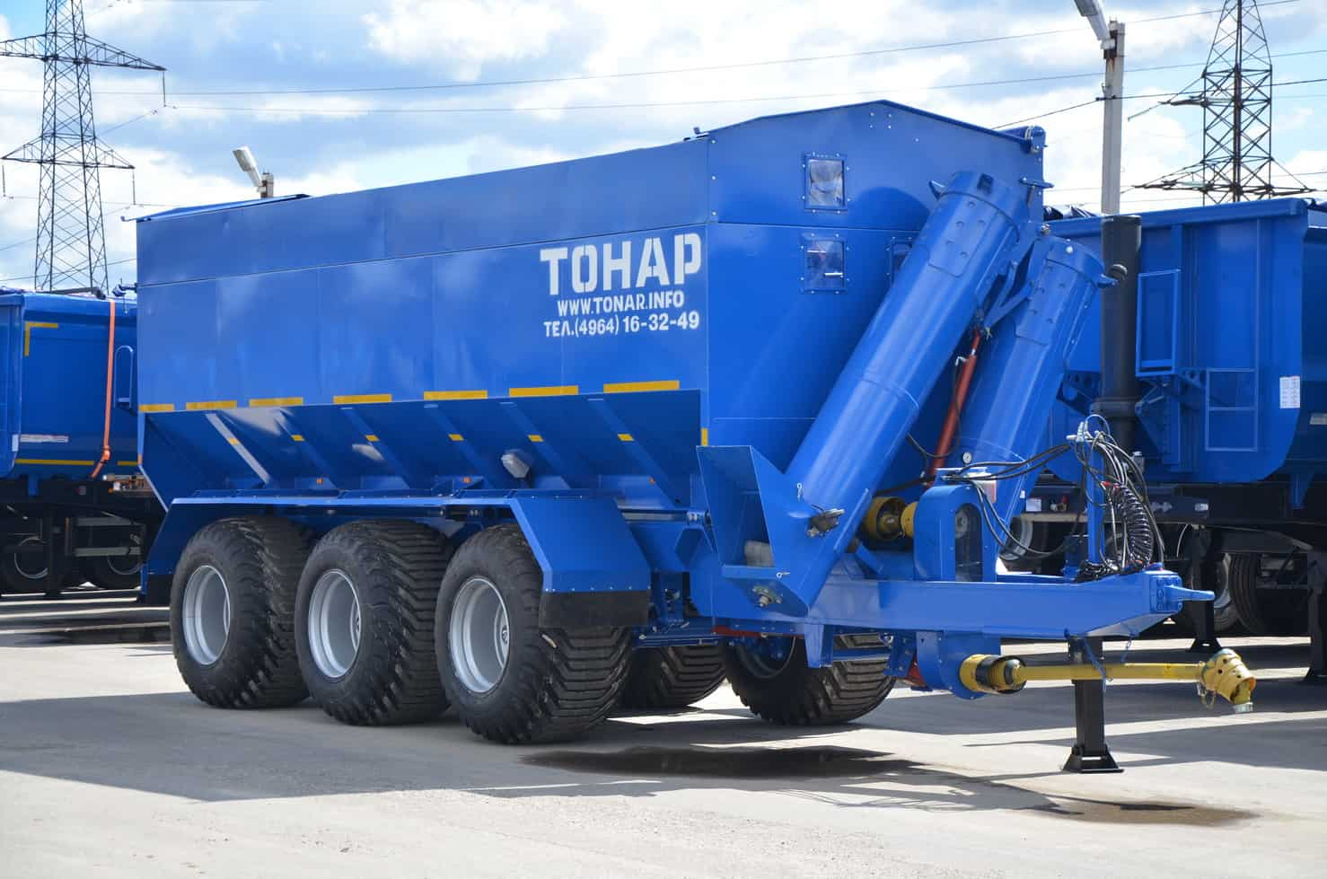 Бункер-перегрузчик зерна Тонар-ПТ1-0000050